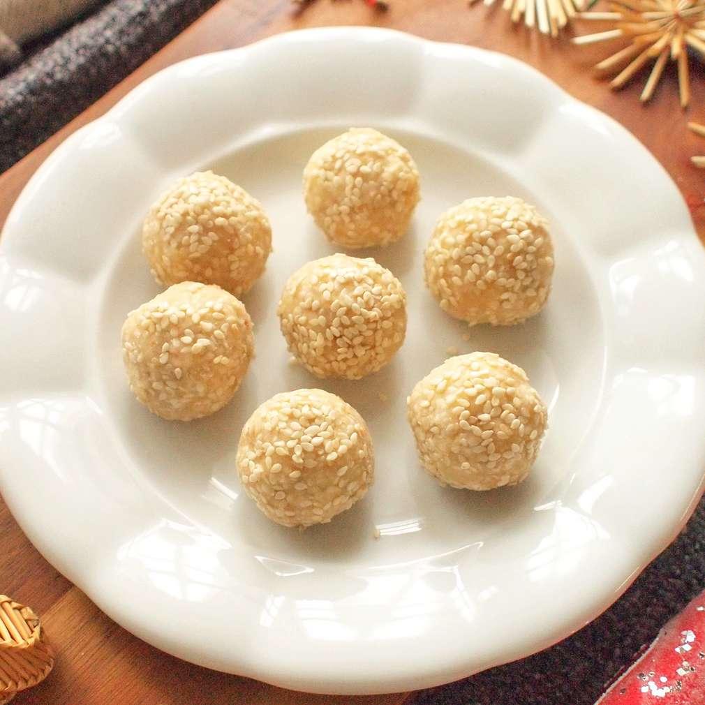Zobrazit Sezamové kuličky s kokosem receptů