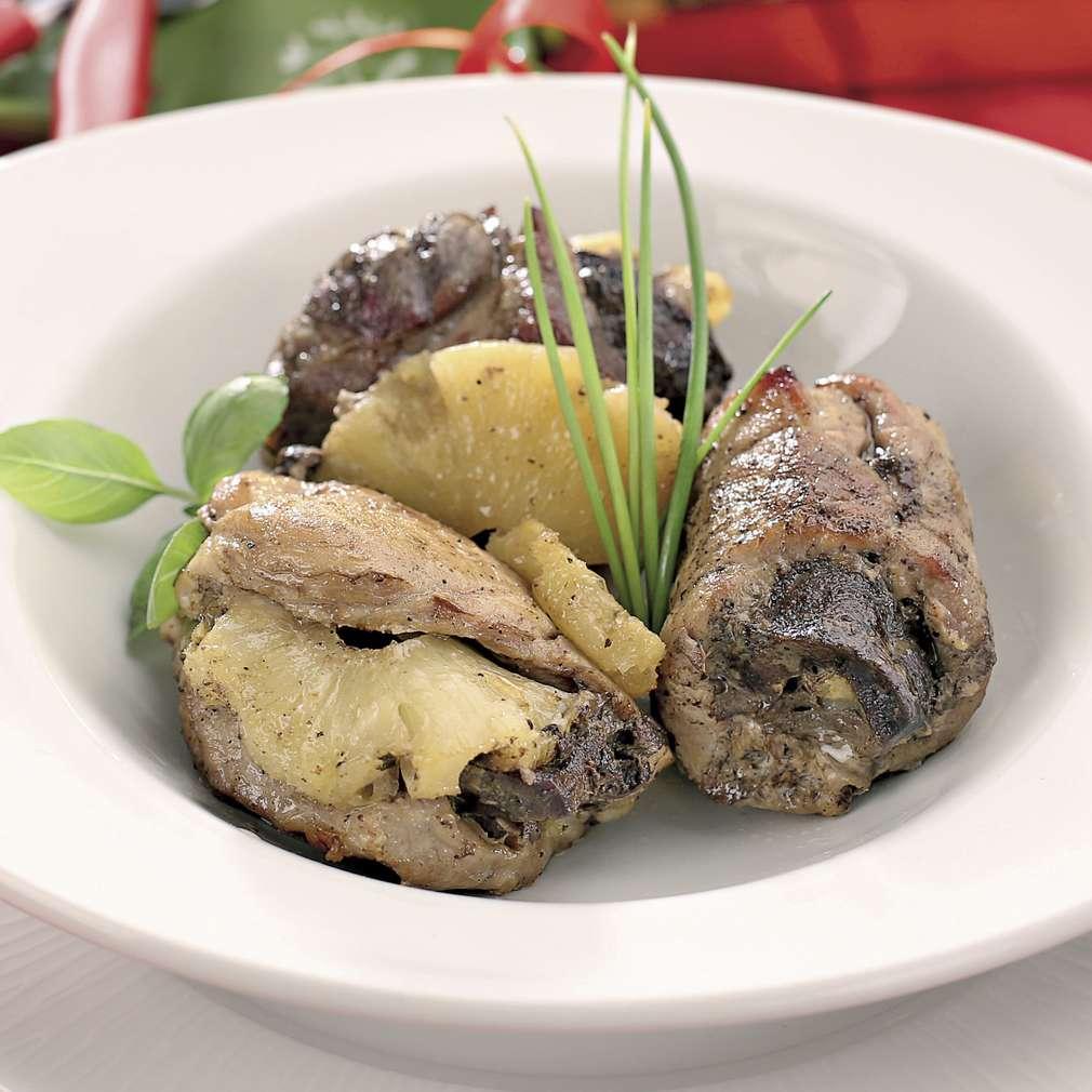 Imaginea rețetei Mușchi de porc umplut cu ananas și ficat
