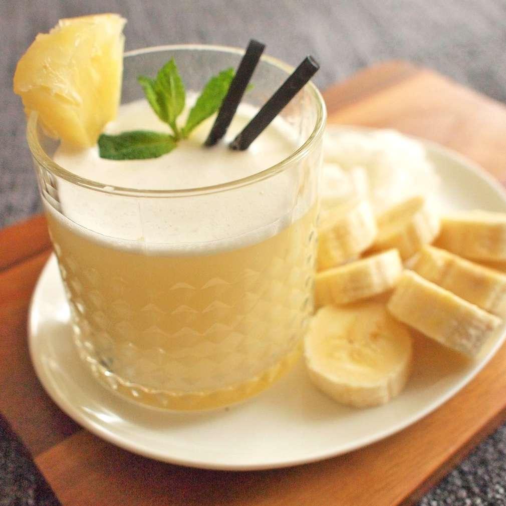 Zobrazit Ananasovo-kokosové smoothie receptů