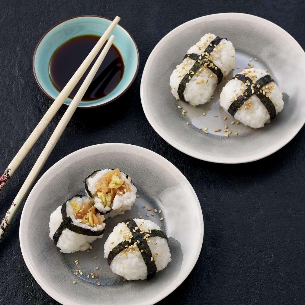 Изобразяване на рецептата Суши с пушена сьомга