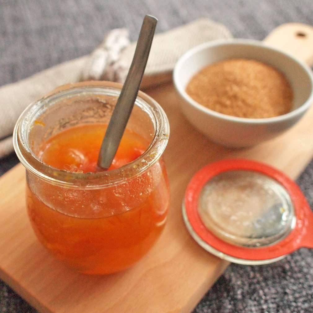Zobrazit Meruňková zavařenina s pomerančovou kůrou receptů