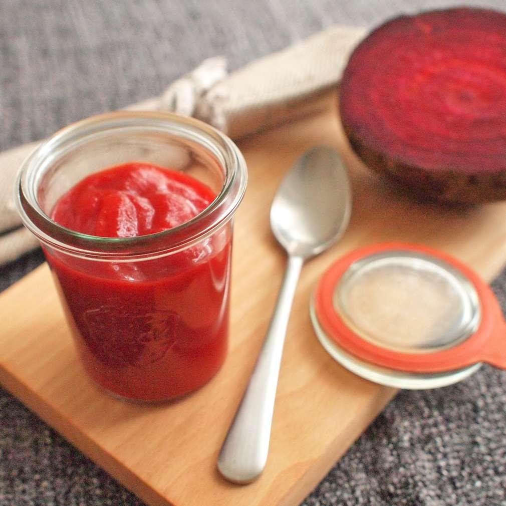 Zobrazit Kečup s červenou řepou receptů