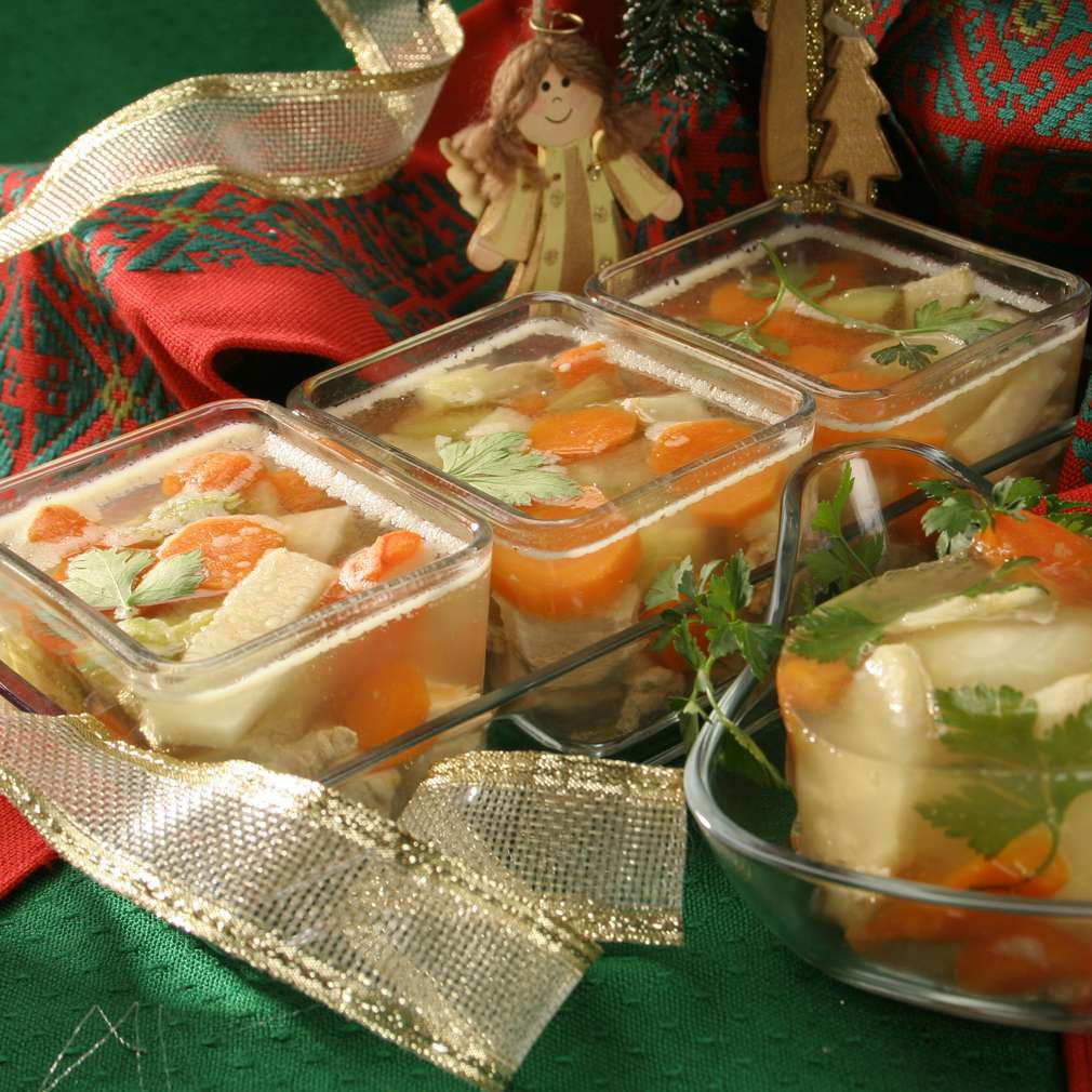 Imaginea rețetei Piftie de vită și legume