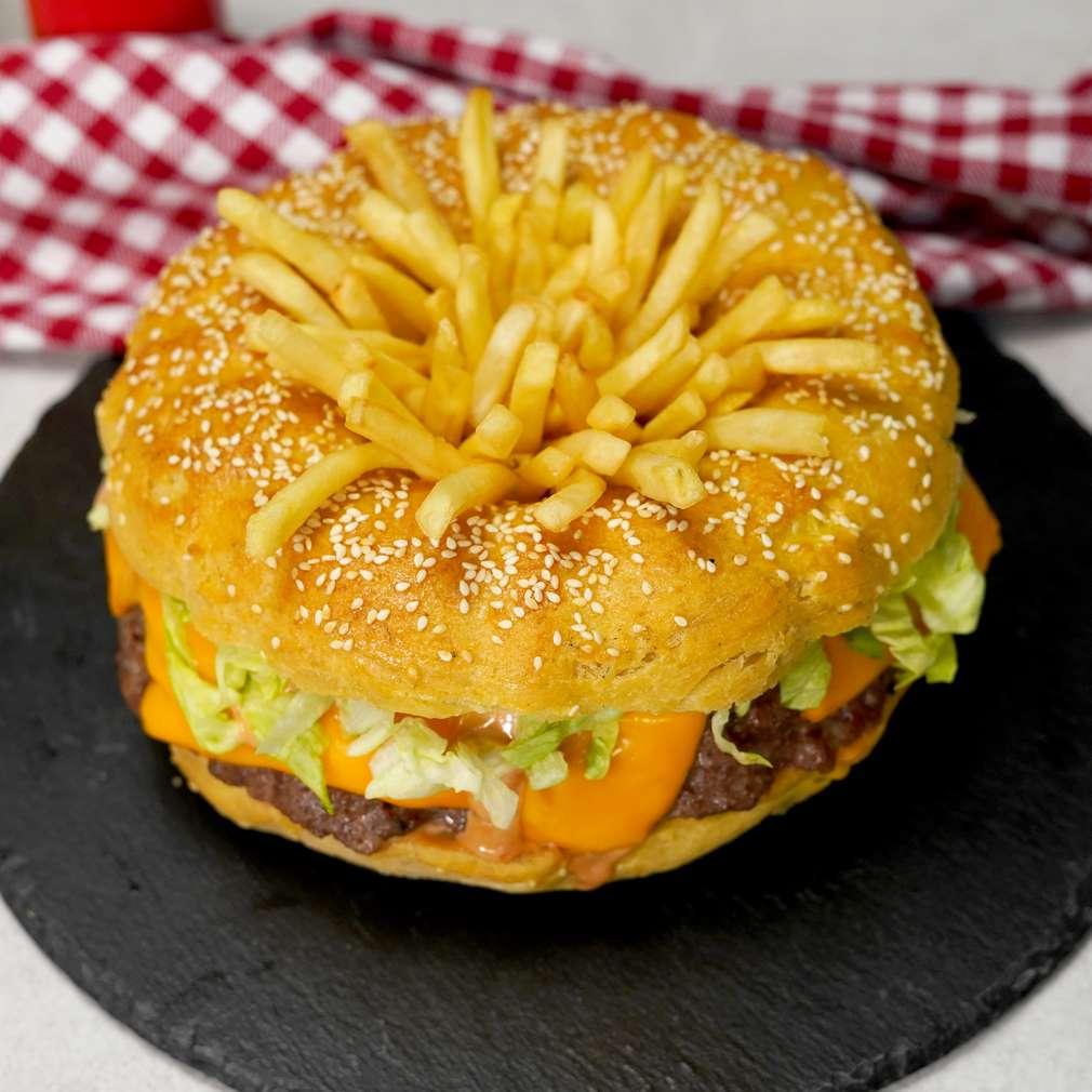 Изобразяване на рецептата Парти бургер