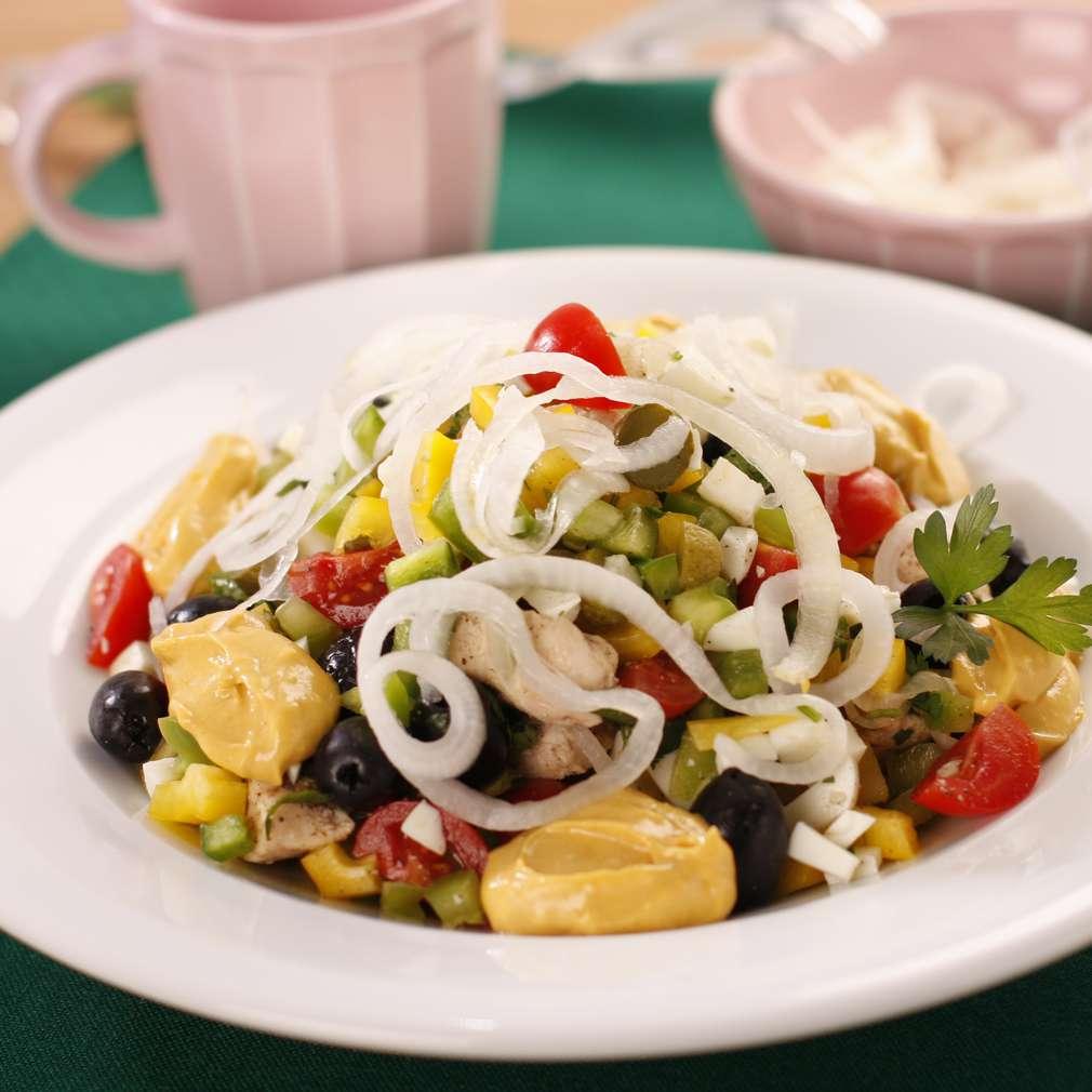 Imaginea rețetei Salată de ceapă marinată