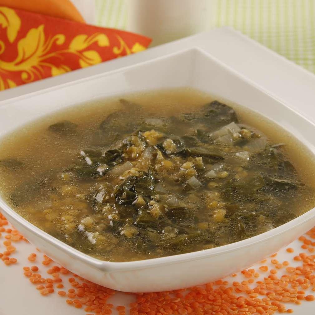 Imaginea rețetei Supă de linte cu ștevie