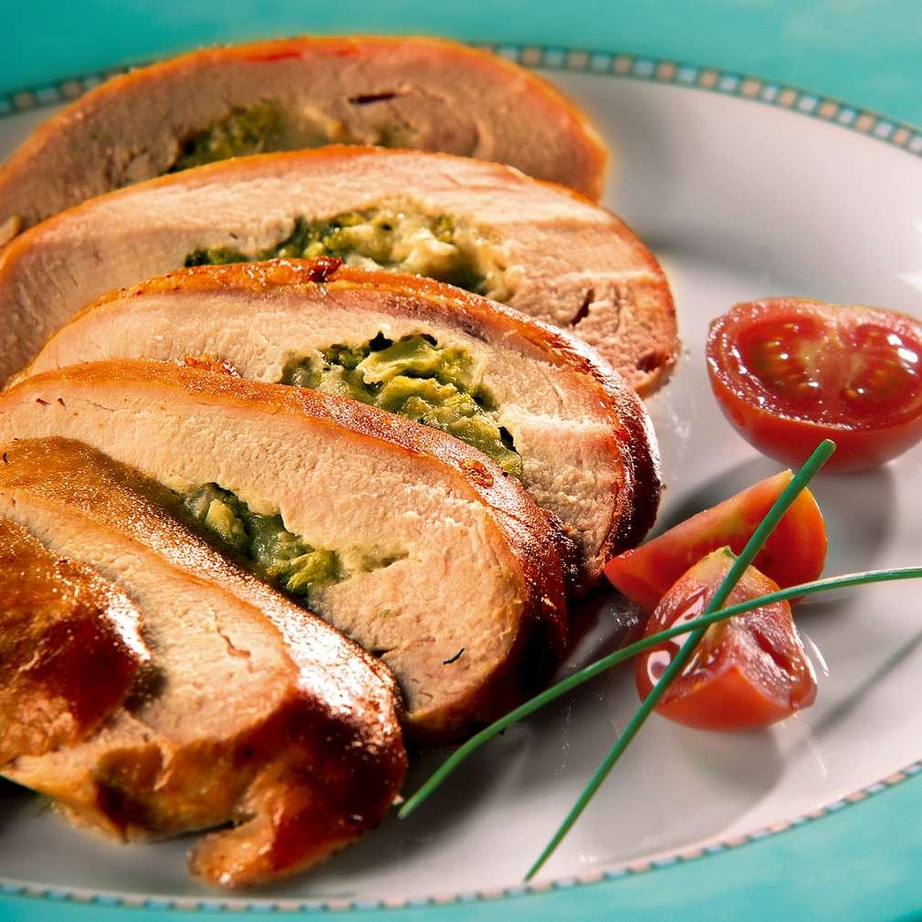 Изобразяване на рецептата Пълнени пилешки гърди с броколи и синьо сирене