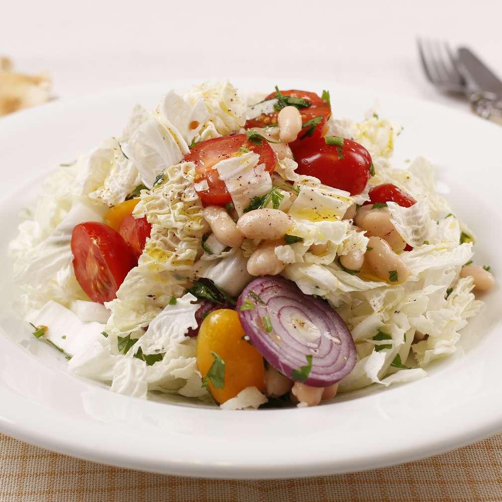 Imaginea rețetei Salată cu dressing de sumac