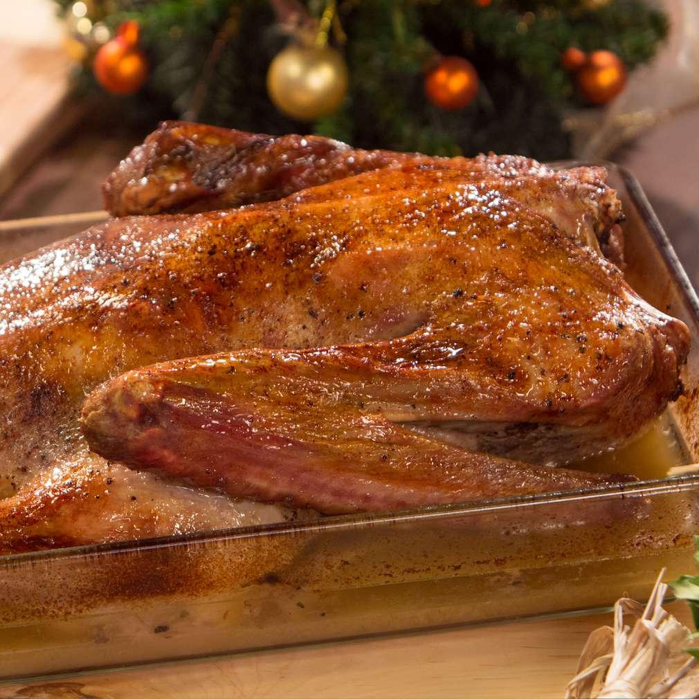 Изобразяване на рецептата Пълнена гъска с ябълки и чесън