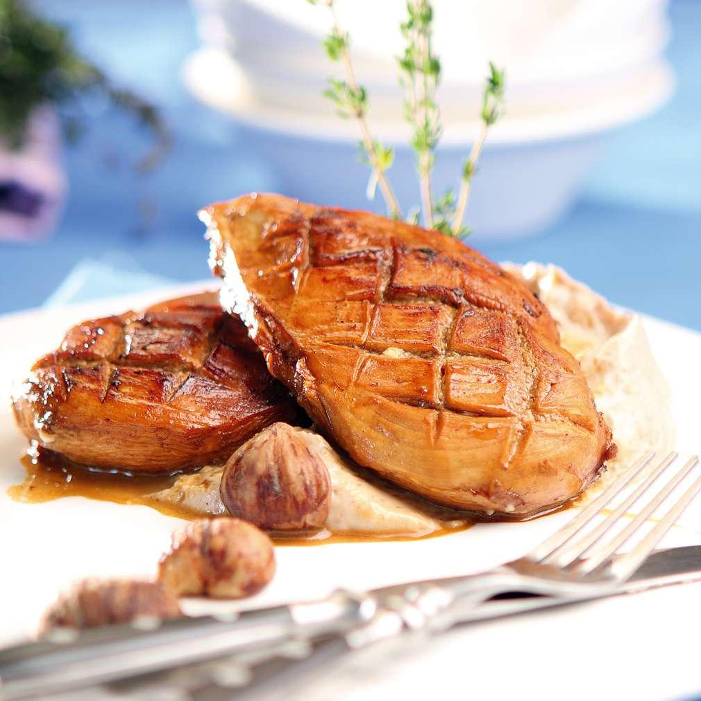 Изобразяване на рецептата Пуешко филе с мус от кестени и сос от трюфел