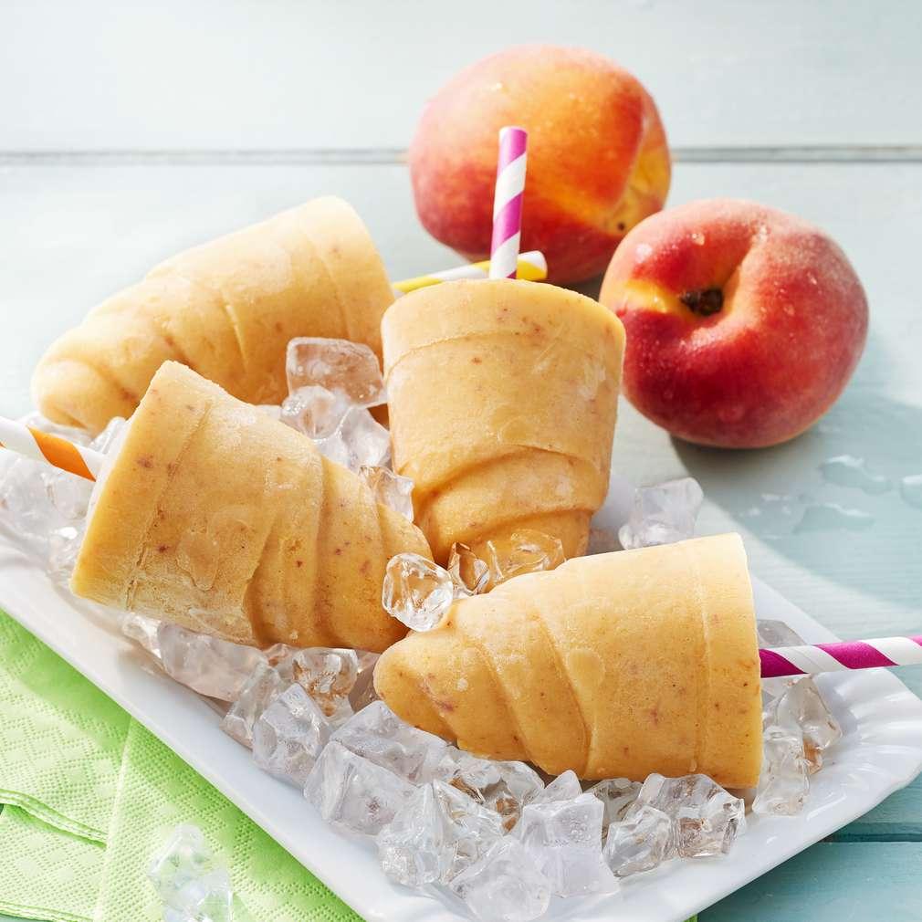 Abbildung des Rezepts Joghurt-Pfirsich-Eis am Stiel