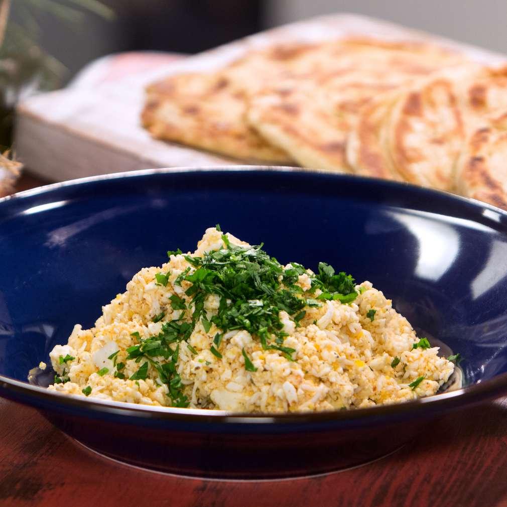 Изобразяване на рецептата Пикантна разядка със сирене