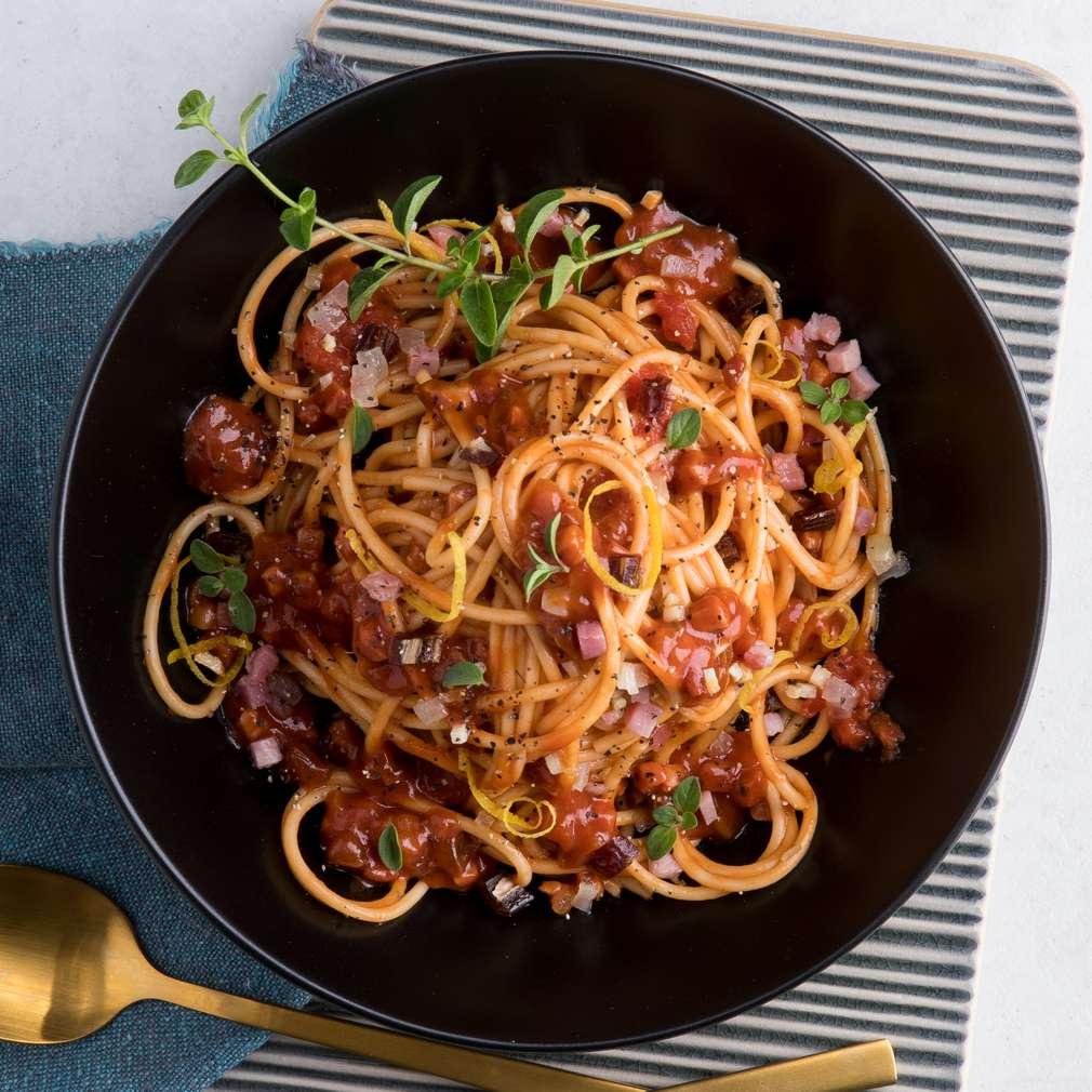 Abbildung des Rezepts X-Mas-Spaghetti mit süßer Tomatensauce