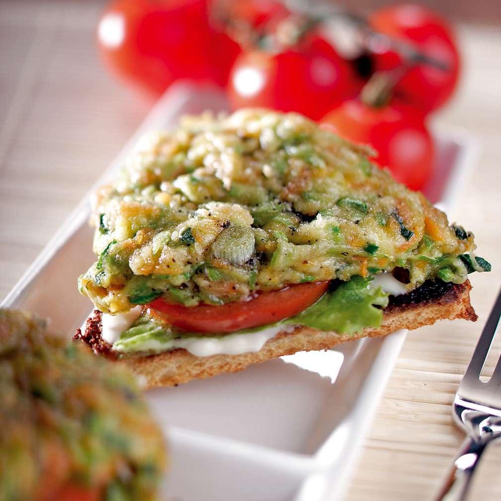 Изобразяване на рецептата Клуб сандвич със зеленчукова плънка
