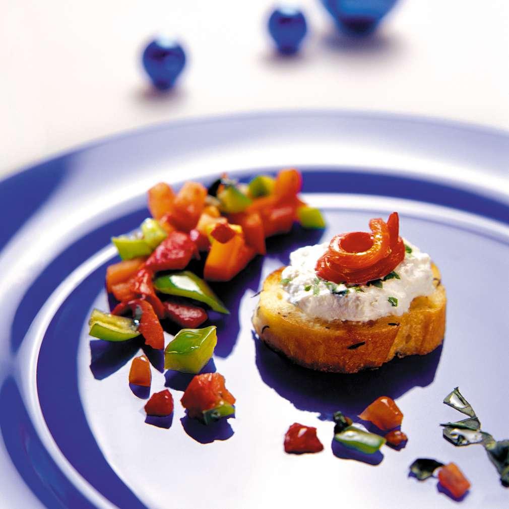 Изобразяване на рецептата Канапе от чушки