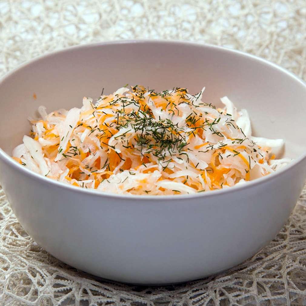 Zobrazenie receptu Slovenský kapustovo-mrkvový šalát
