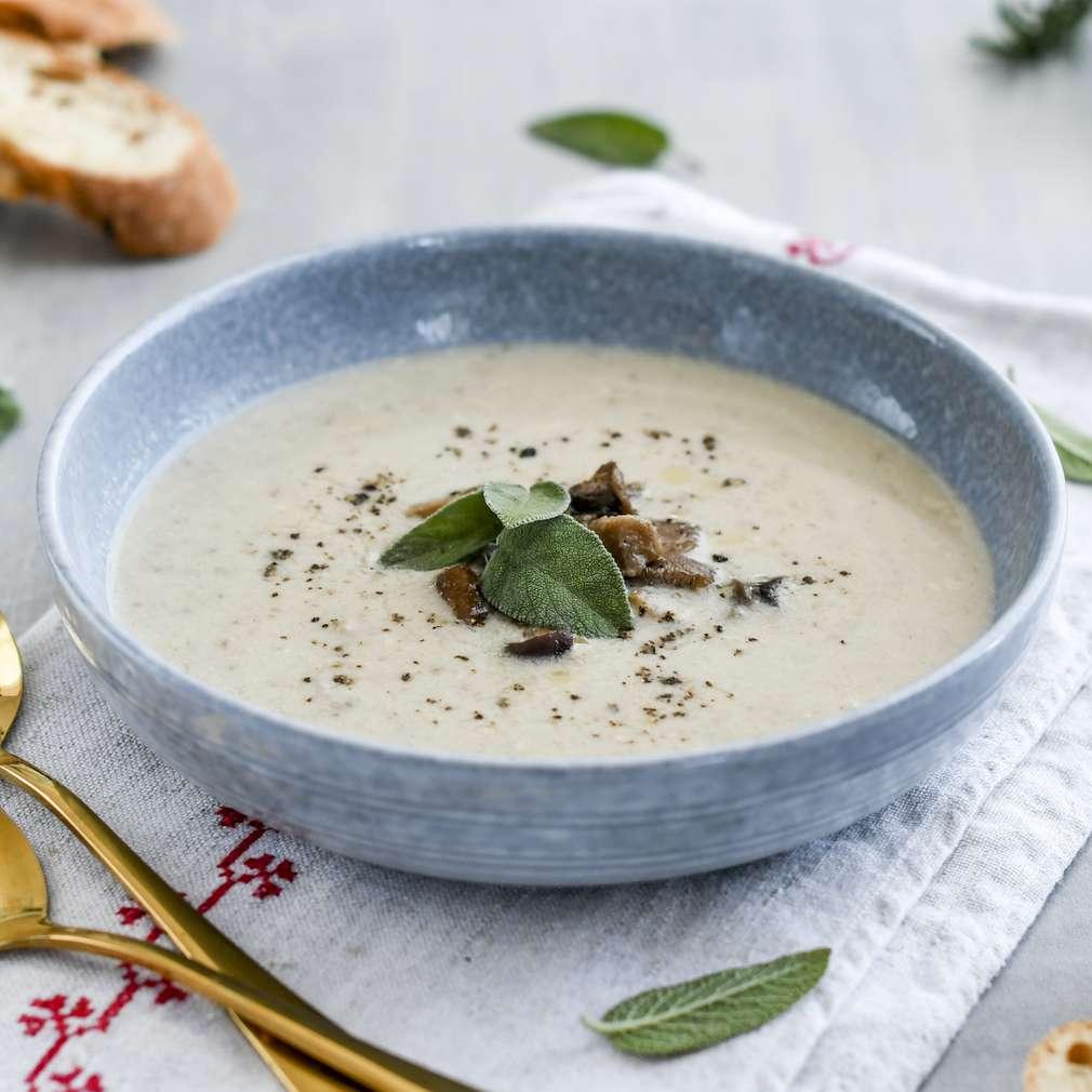 Zobrazenie receptu Krémová hríbová polievka s brie syrom