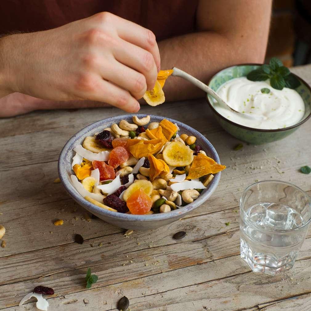 Imaginea rețetei Gustare energizantă din semințe și fructe uscate