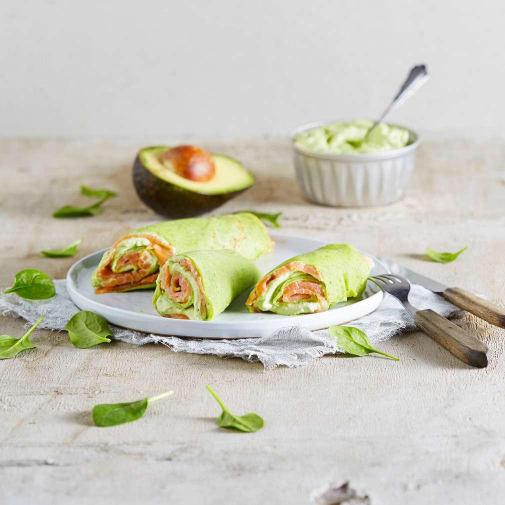 Abbildung des Rezepts Spinat-Pfannkuchen mit Avocado und Räucherlachs