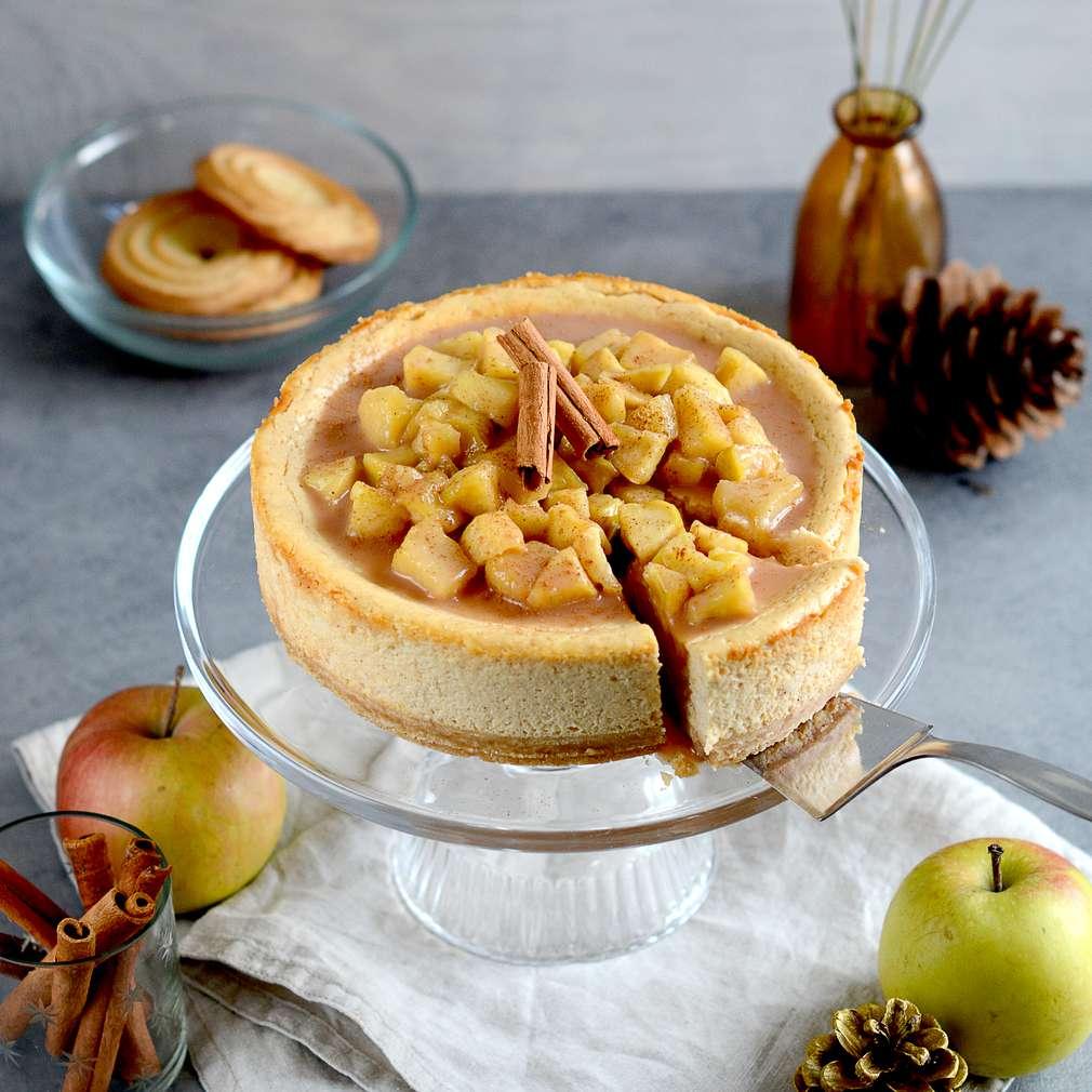 Zobrazenie receptu Škoricový cheesecake s jabĺčkami so slaným karamelom