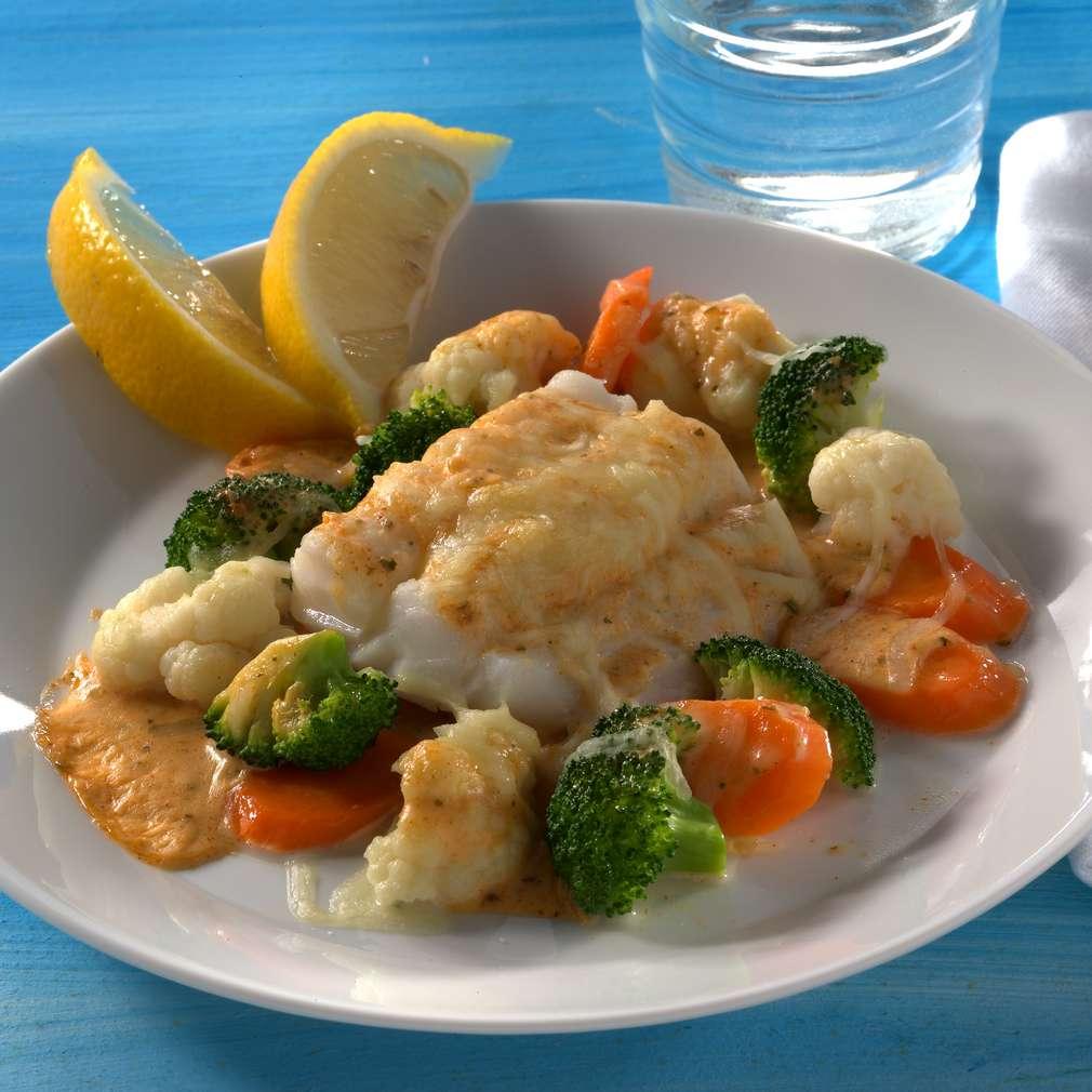 Abbildung des Rezepts Fischfilet im Gemüsebett