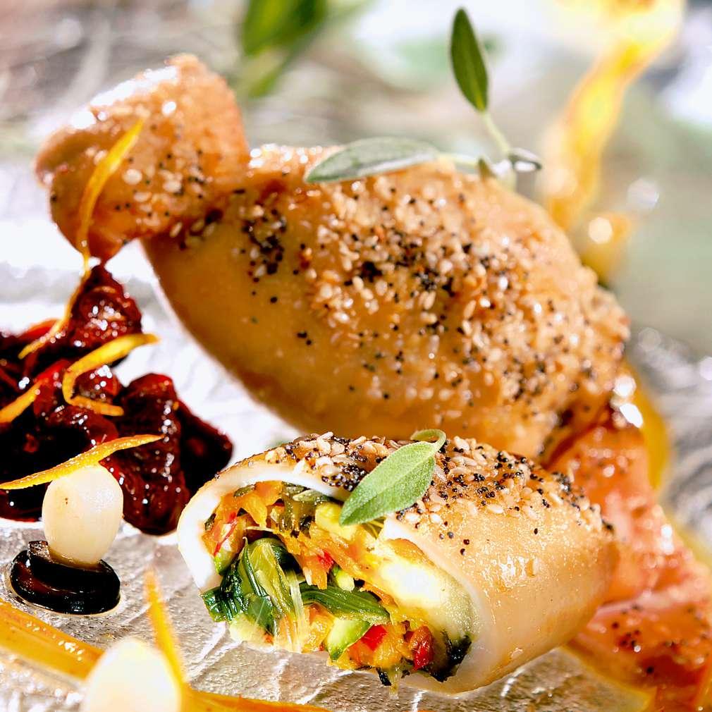 Изобразяване на рецептата Пълнени калмари със зеленчуци и моцарела