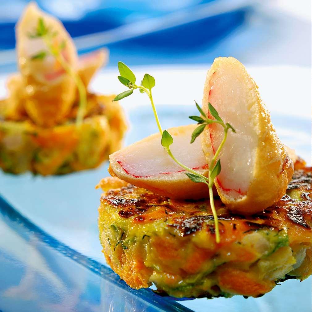Изобразяване на рецептата Темпура с рулца от раци и зеленчукови кюфтенца