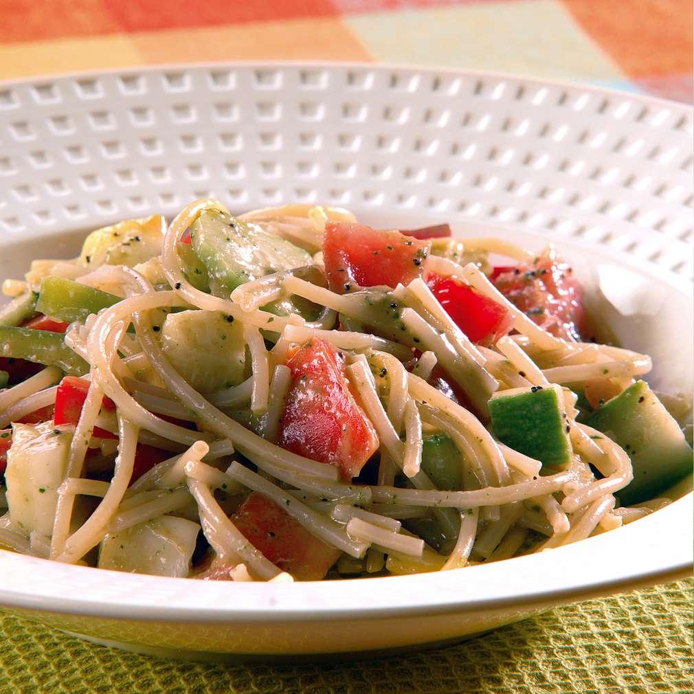 Изобразяване на рецептата Зеленчукова салата със спагети