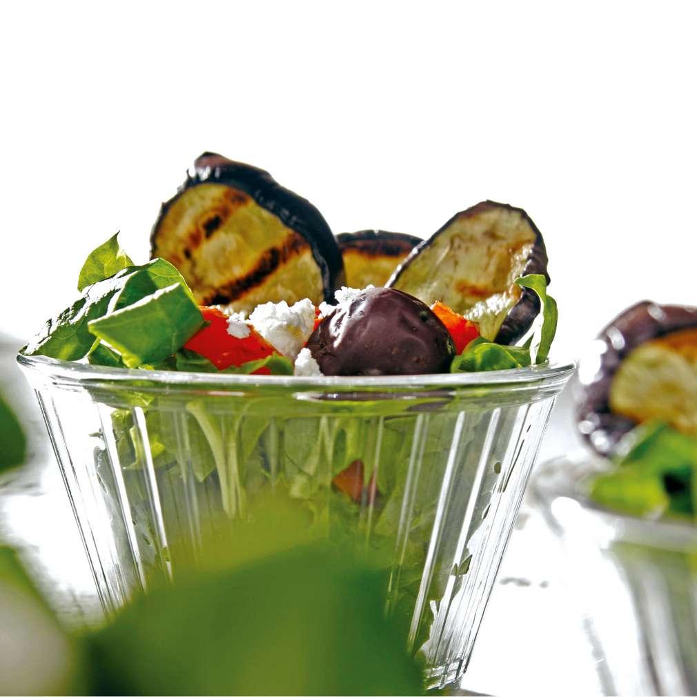 Изобразяване на рецептата Салата от спанак с печени манатарки и патладжани