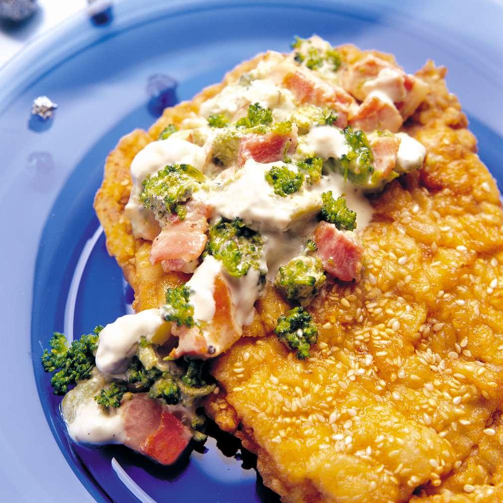 Изобразяване на рецептата Свински шницел с броколи и сметана