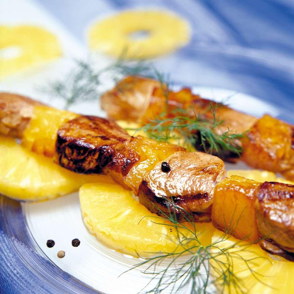 Изобразяване на рецептата Шишчета със свинско и ананас