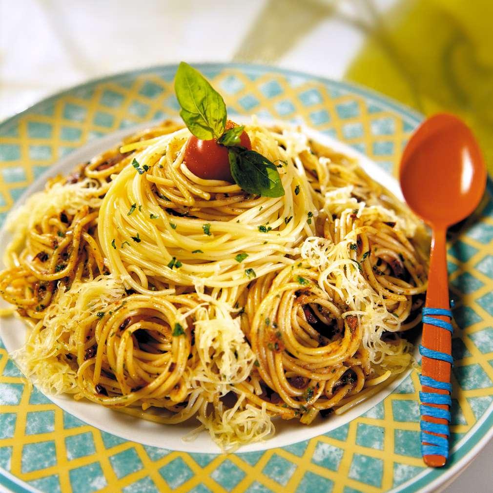 Изобразяване на рецептата Спагети с песто от сушени домати