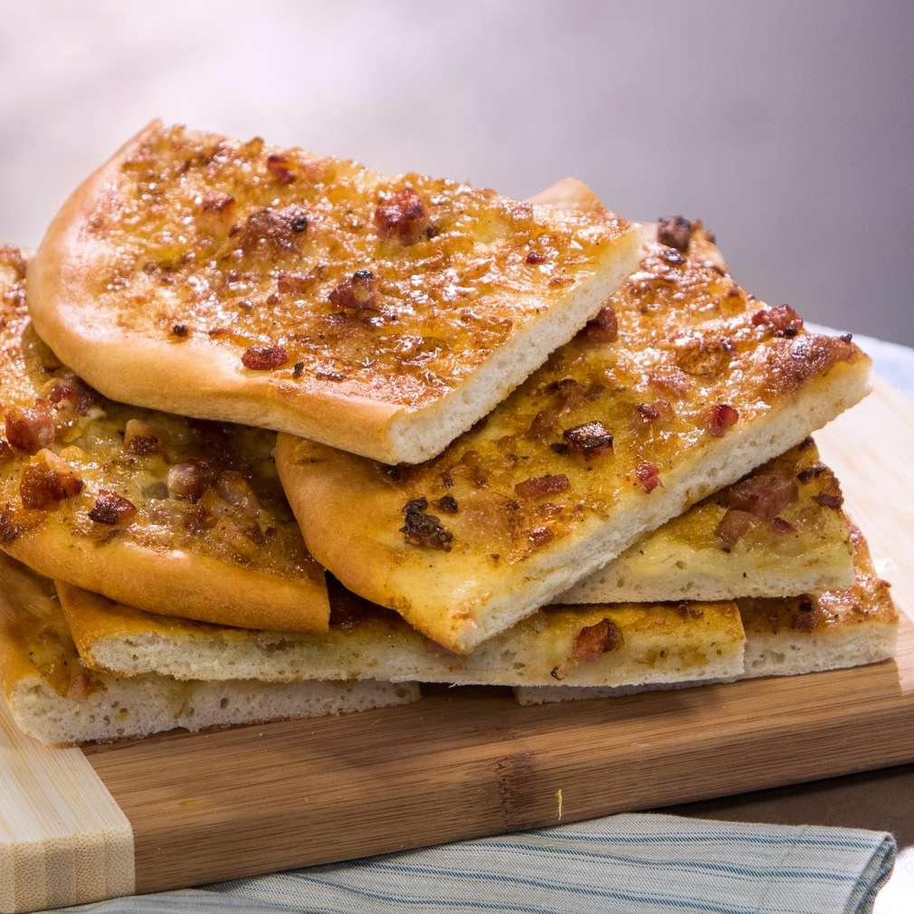 Изобразяване на рецептата Плосък лучен хляб
