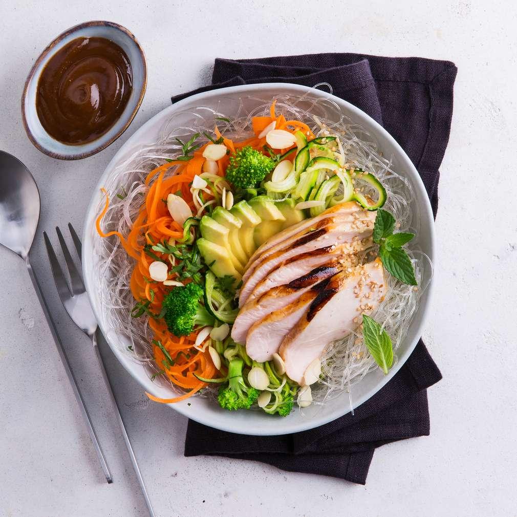 Abbildung des Rezepts Bunte Gemüse-Bowl mit Hähnchenbrustfilet