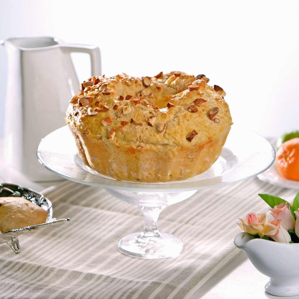 Изобразяване на рецептата Козунак с бадеми