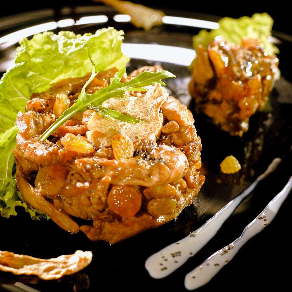 Изобразяване на рецептата Патешко филе с манатарки и стафиди