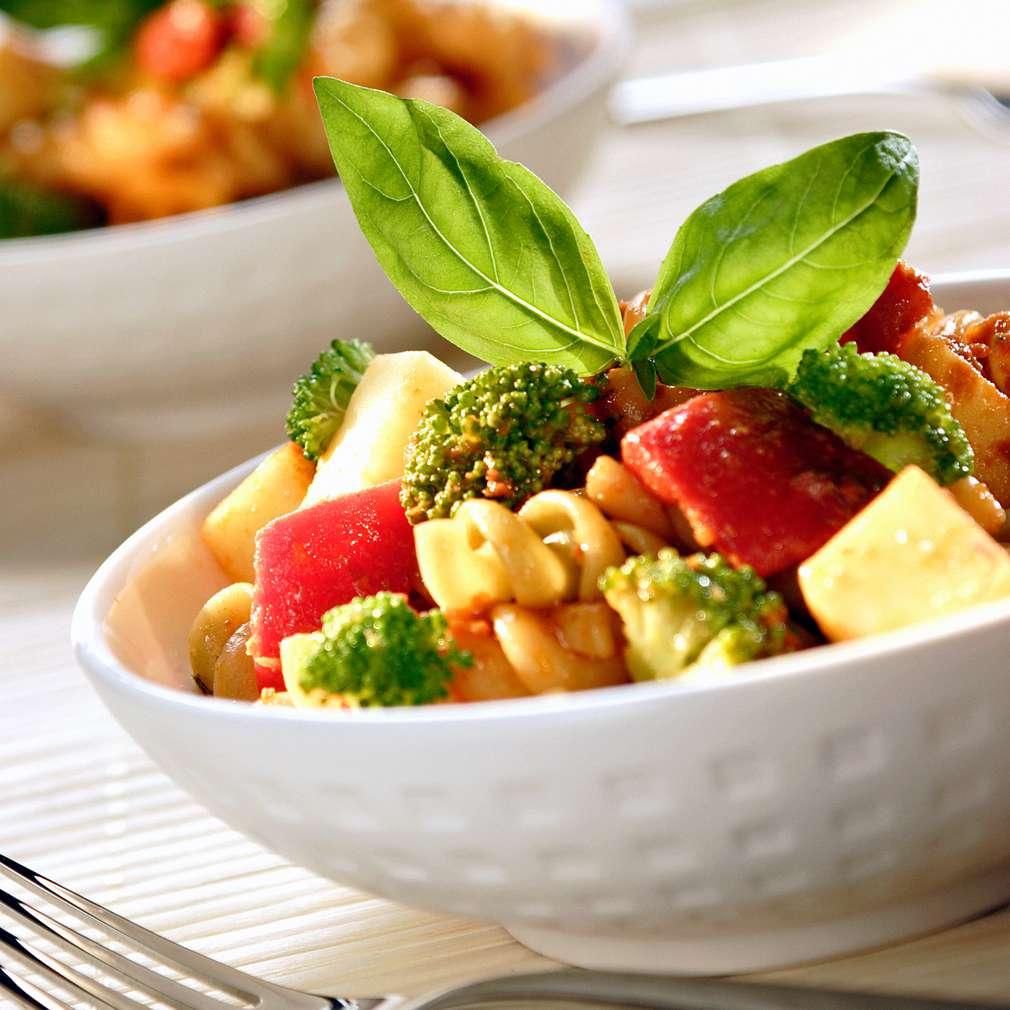 Изобразяване на рецептата Салата от броколи с фусили