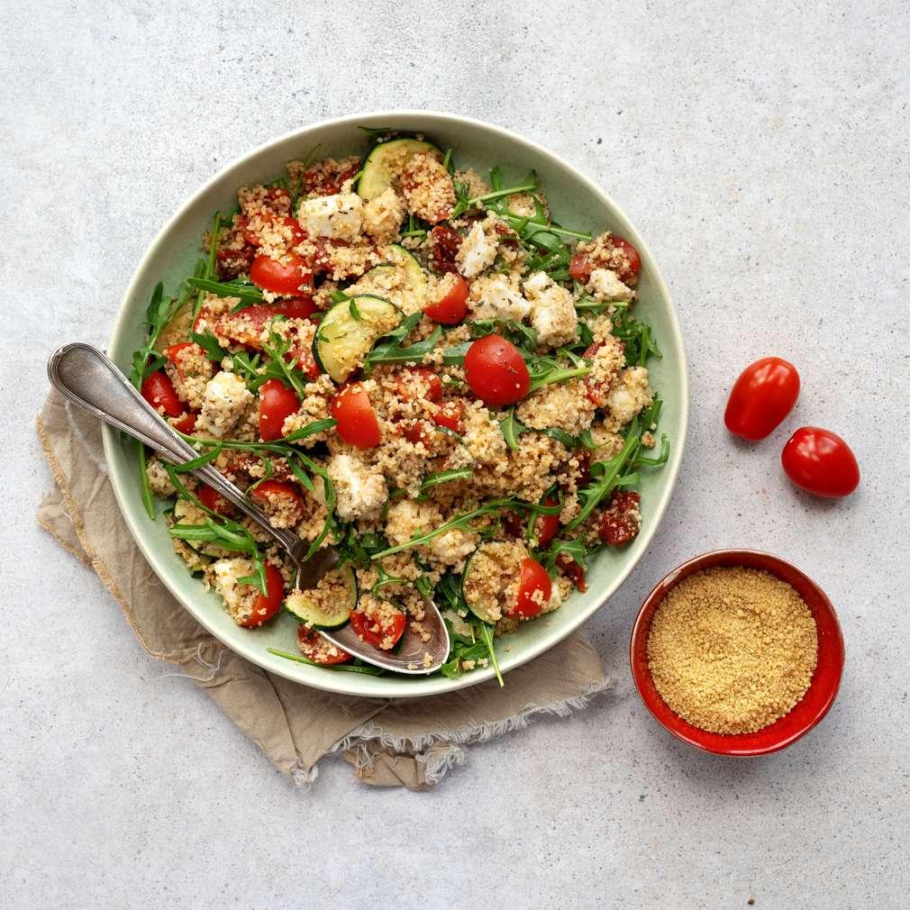 Zobrazit Kuskusový salát s mozzarellou receptů