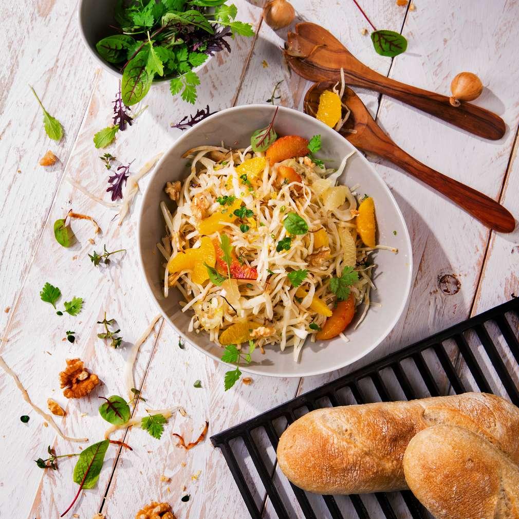 Imaginea rețetei Salată caldă de varză albă cu citrice