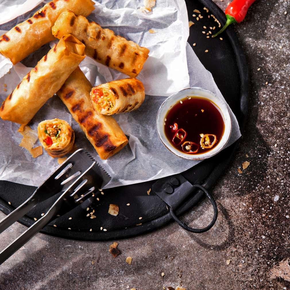 Imaginea rețetei Pachețele de primăvară cu somon la grătar