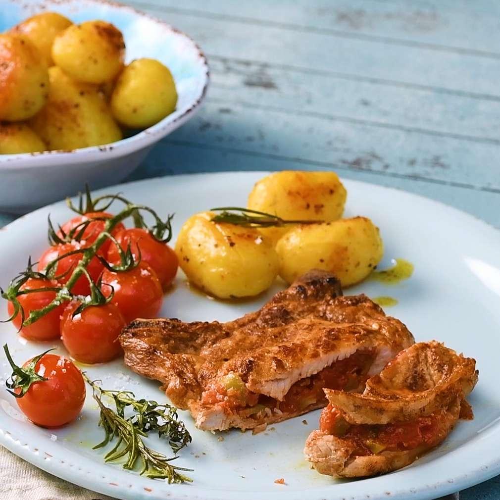 Zobrazenie receptu Kotlety s rozmarínom a paradajkovo-olivovou plnkou