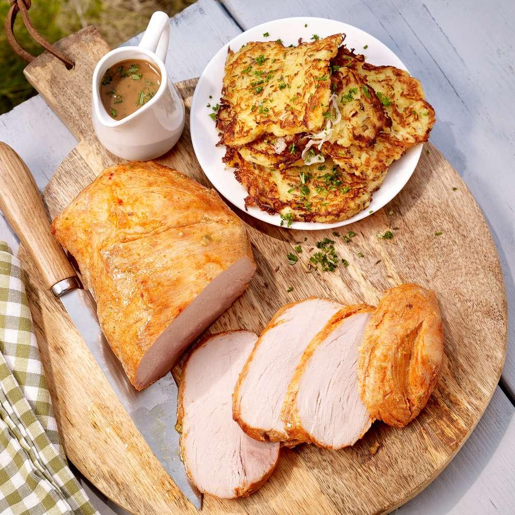 Abbildung des Rezepts Würzbraten mit Kartoffel-Sauerkraut-Rösti und Kräutersoße