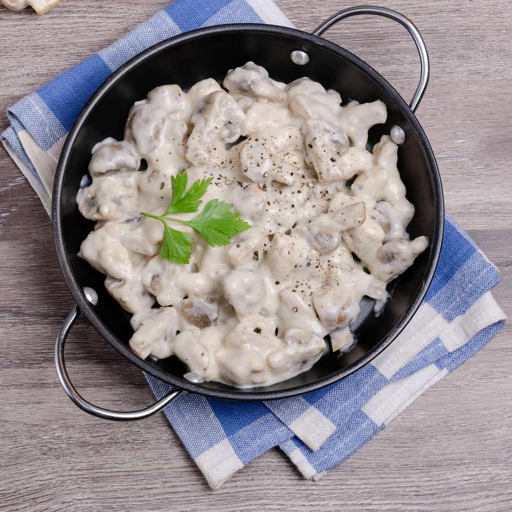 Изобразяване на рецептата Пиле със сос Бешамел