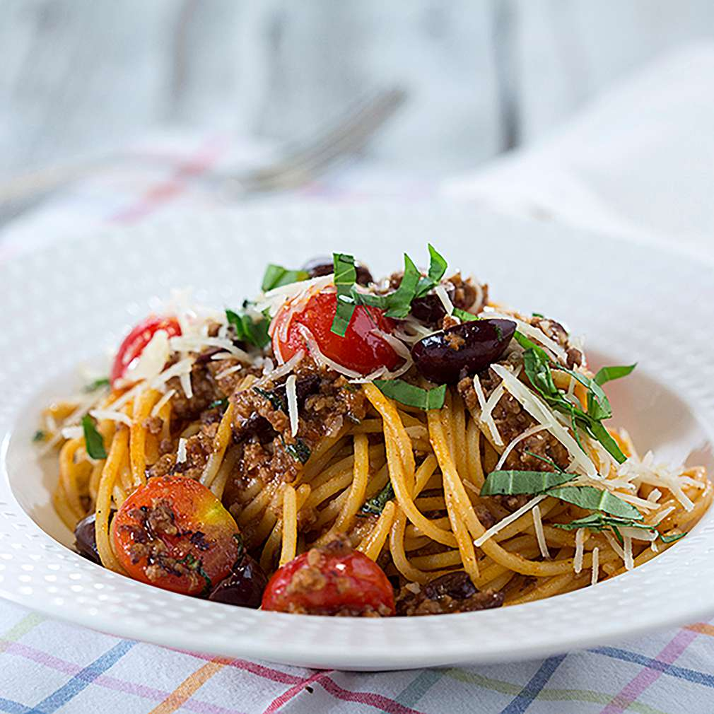 Изобразяване на рецептата Спагети с летен сос Болонезе