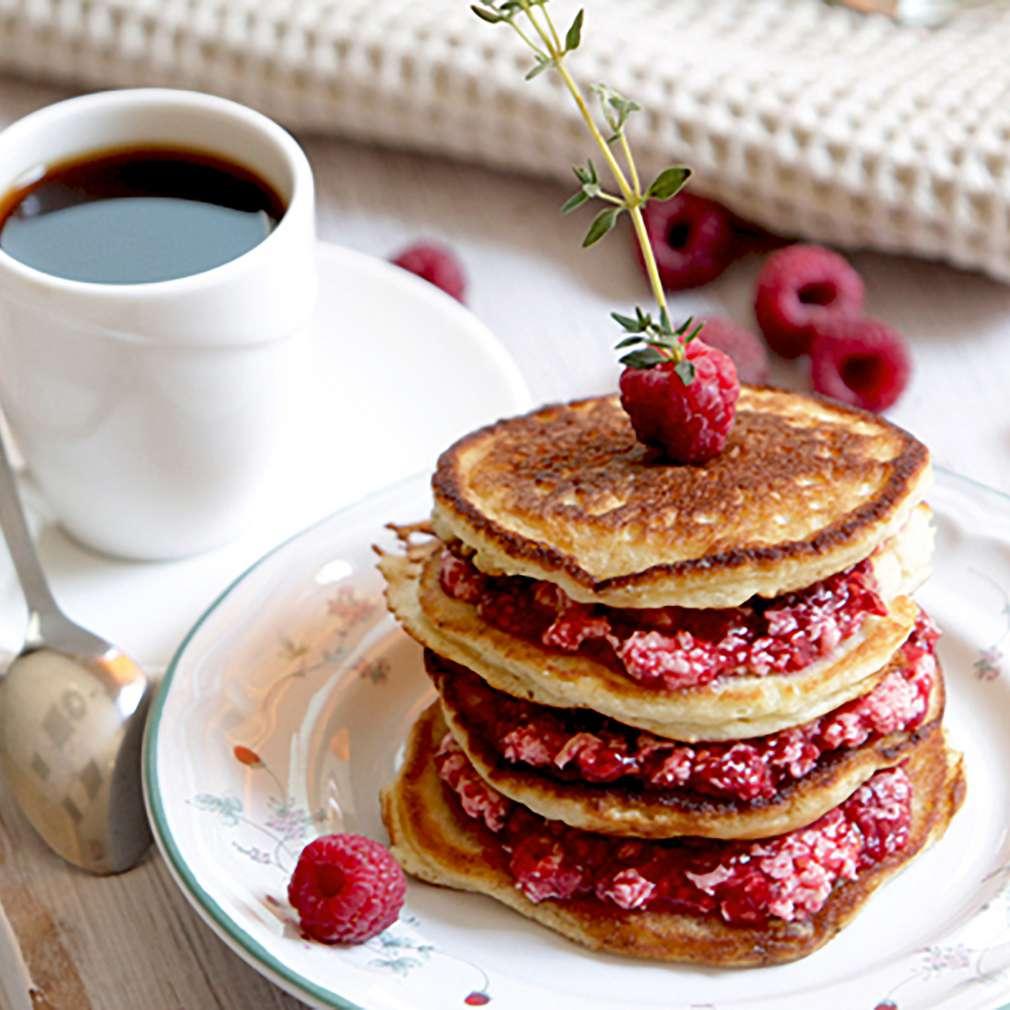 Изобразяване на рецептата Американски палачинки с масло от малини