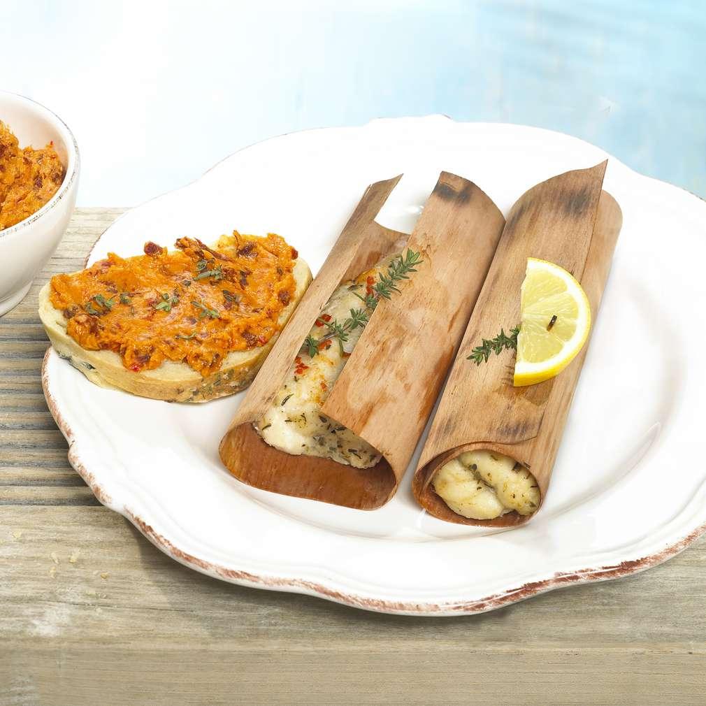 Abbildung des Rezepts Pangasiusfilet mit Baguette und Tomatenbutter