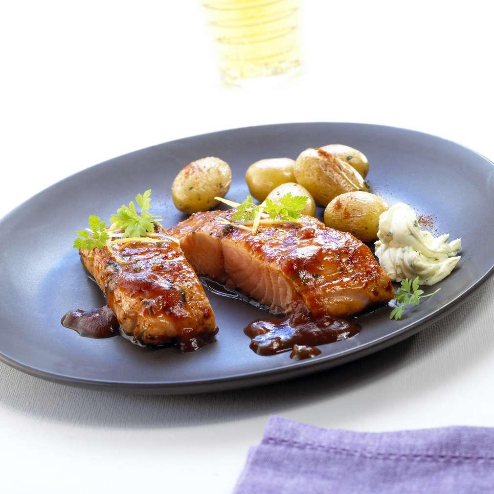 Abbildung des Rezepts Eismeer-Lachsforellen-Filet BBQ mit Country-Potatoes