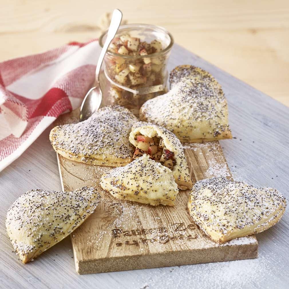Изобразяване на рецептата Сърчица с маково семе и круши