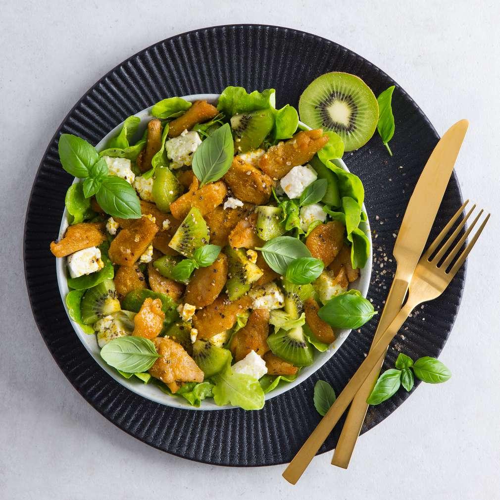 Abbildung des Rezepts Feta-Kiwi-Salat mit Limettendressing