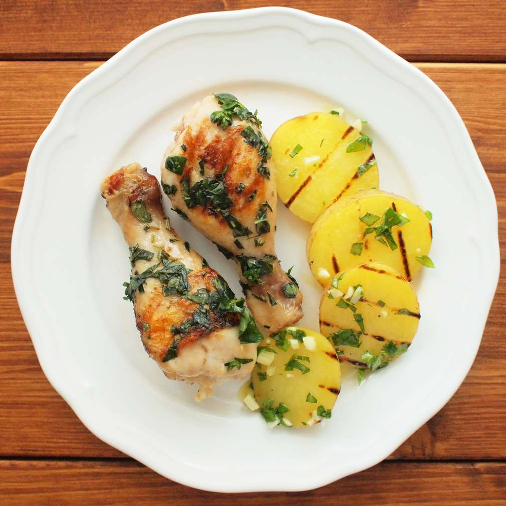 Zobrazit Grilované kuřecí paličky na majoránce receptů